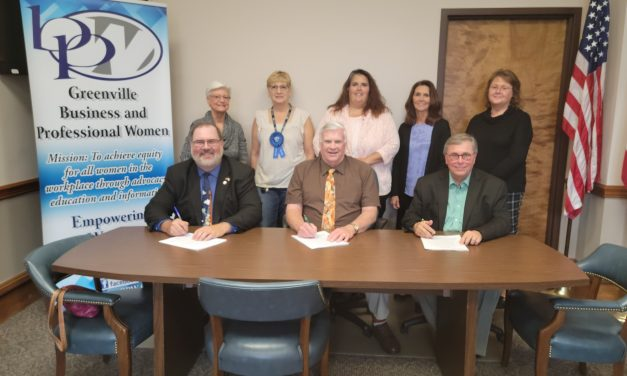 Commissioners proclaim National Business Woman's Week